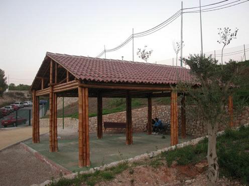 Centro de jardiner a malonda s l - Pergolas de bambu ...